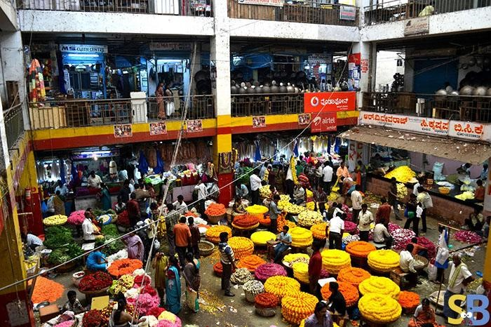 chickpet-market-bengaluru