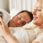 10-reasons-why-your-girlfriend-does-not-reveal-about-you-on-social-media