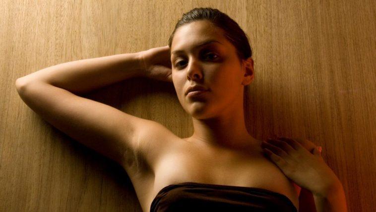 10-Ways-to-get-rid-of-Dark-Armpits-