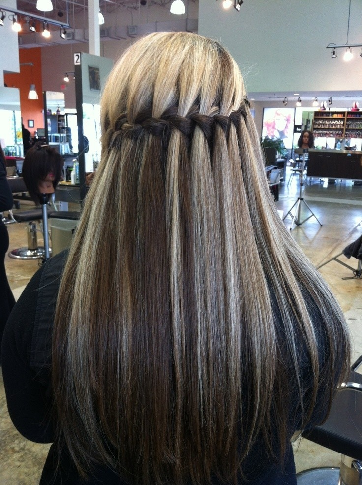 10-splendid-hairstyles-for-straight-hair