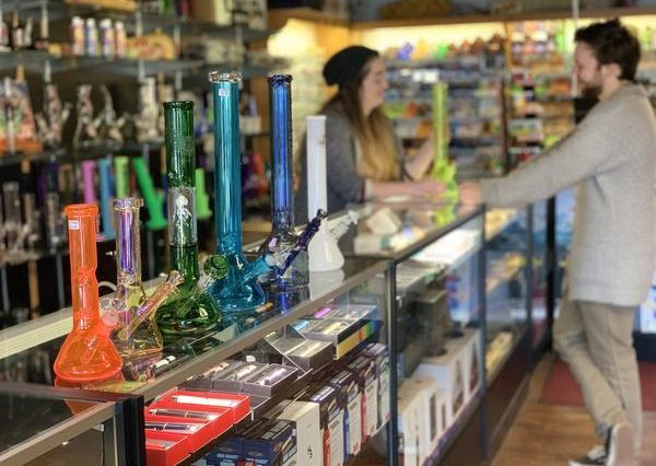 Best places to buy gifts for stoners